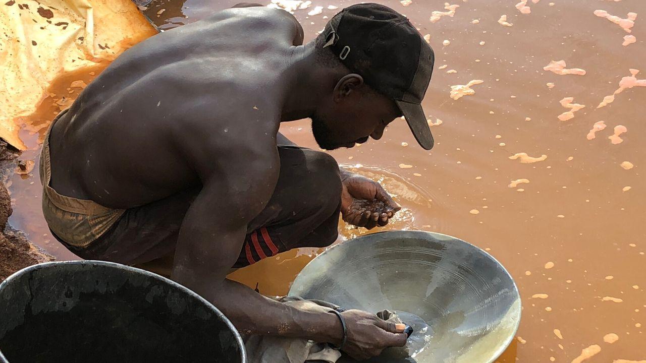 De Amazone - Seizoen 1 Afl. 3 - Suriname - 'goudkoorts'