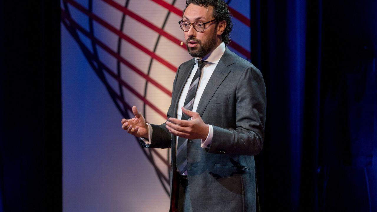 Brainwash Talks - Karwan Fatah-black: Het Slavernijverleden