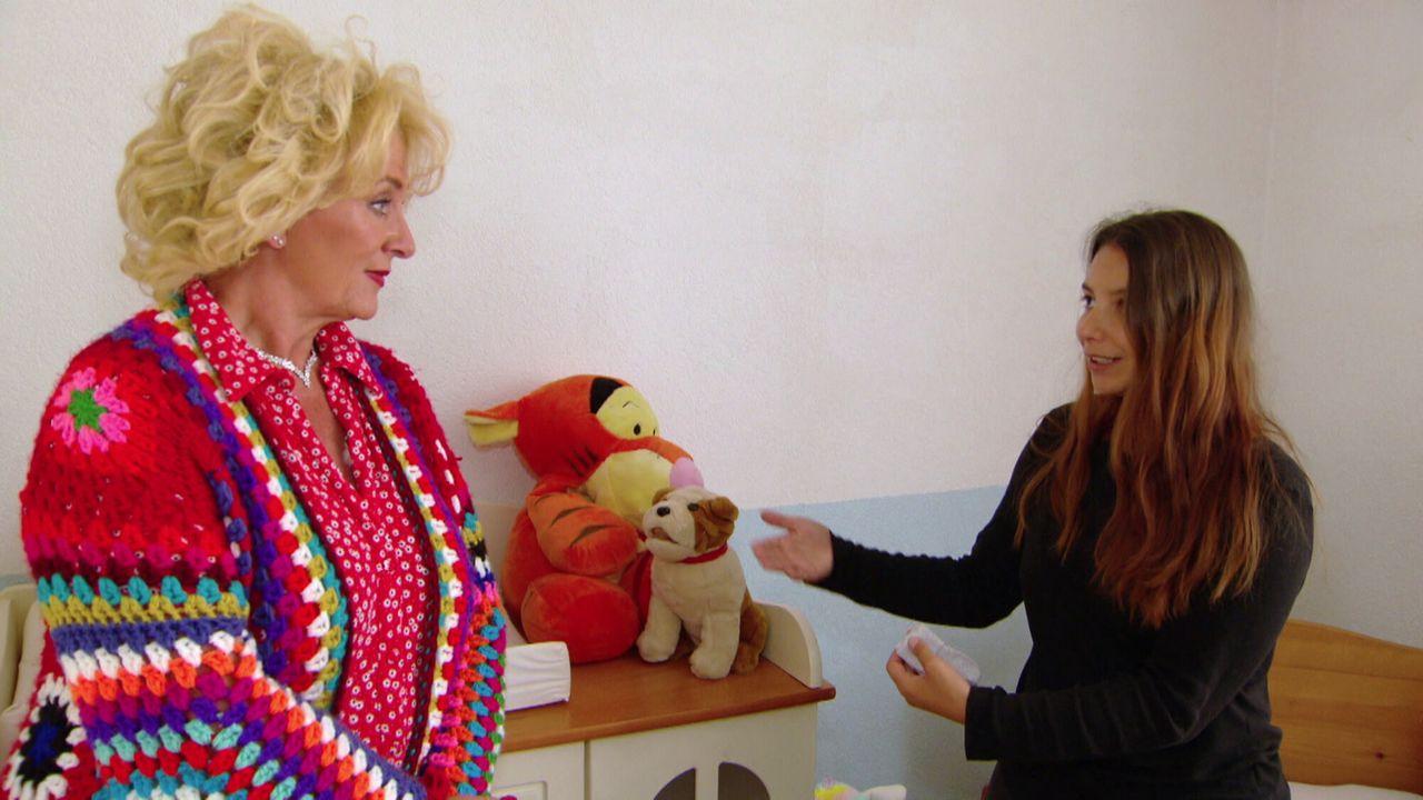 Vier Handen Op Eu00e9n Buik Nikita en Karin Bloemen