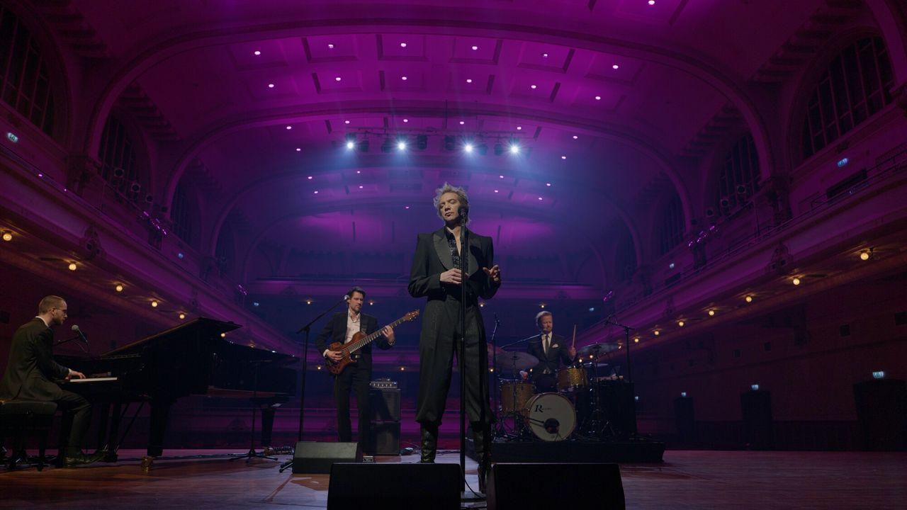 Sven Ratzke Sven Ratzke: Songs in a Cabaret