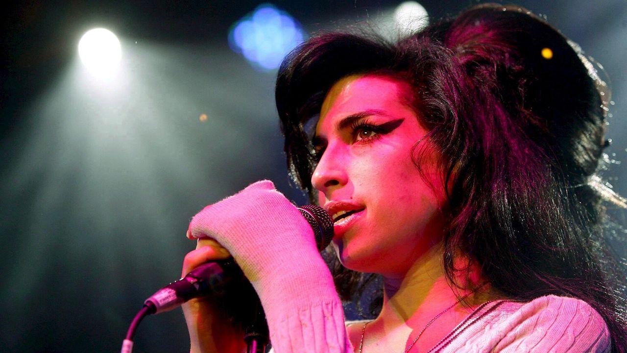 Amy Winehouse: Live at Shepherds Bush Amy Winehouse: Live at Shepherds Bush