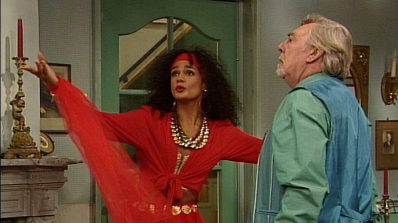 Oppassen!!! De vrouw in het rood
