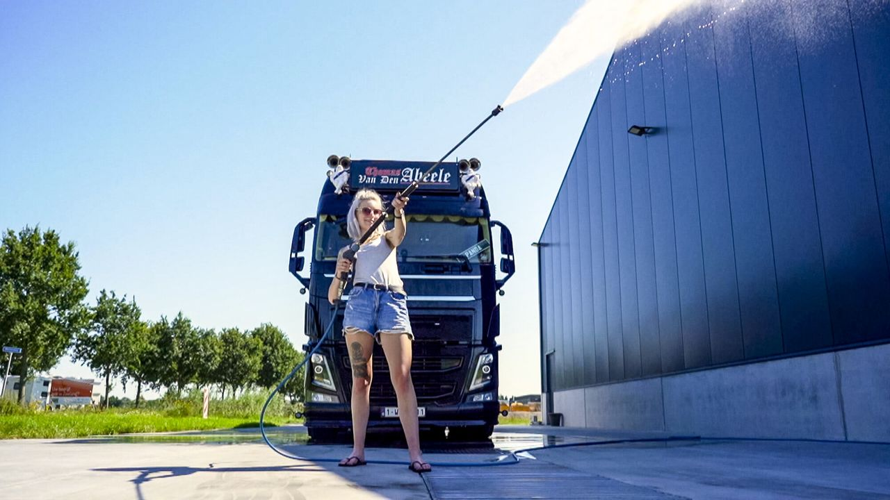 Vlaamse Meiden Die Rijden - Vlaamse Meiden Die Rijden