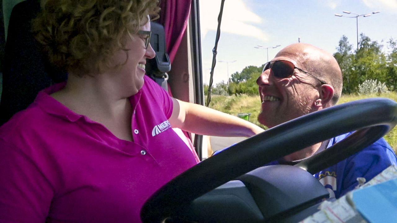 Vlaamse meiden die rijden Vlaamse Meiden die Rijden