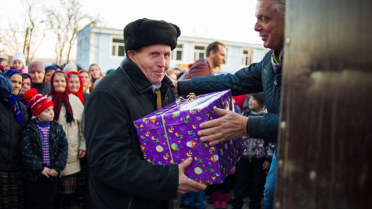 Max Maakt Mogelijk 10 Min - Moldavië Waterproject + Theo Is Laaggeletterd
