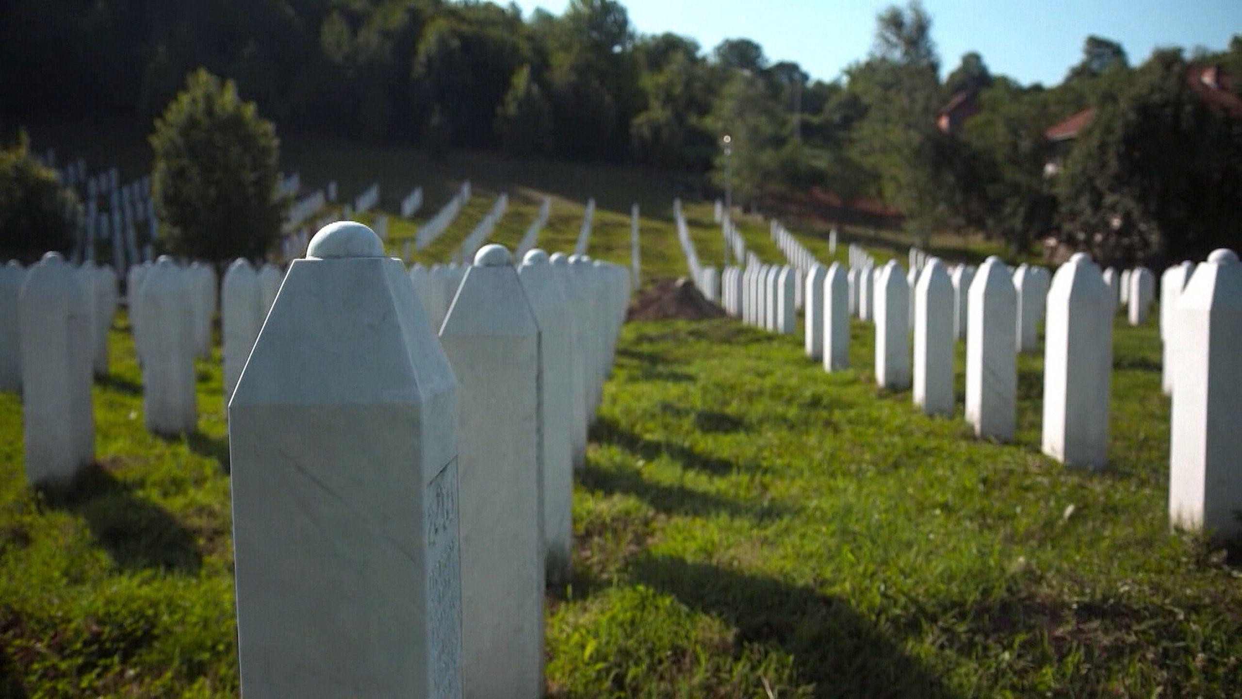 NOS 25 jaar na Srebrenica