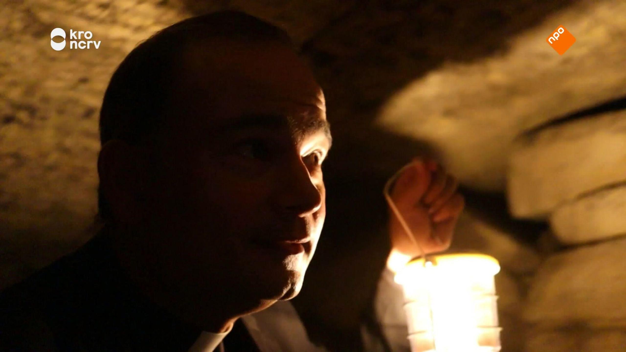 Roderick Zoekt Licht
