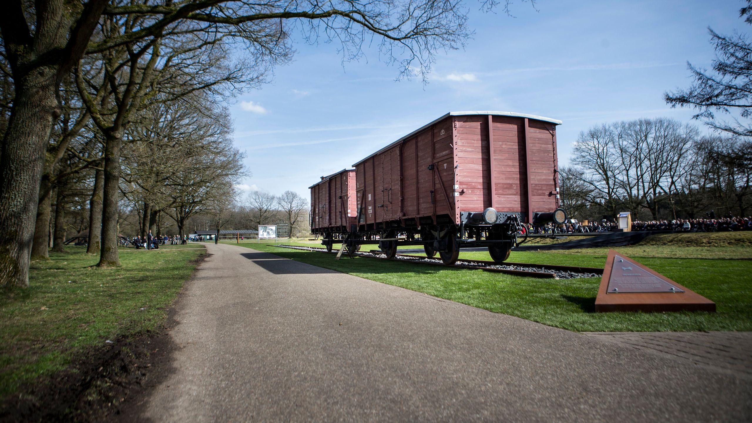 Herdenking Kamp Westerbork - Nos 75 Jaar Herdenking Kamp Westerbork